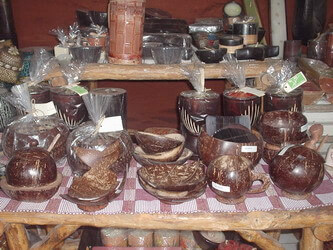 usaha-kerajinan-tempurung-kelapa