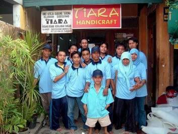 karyawan tiara handycraft