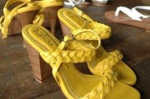 sepatu nilou