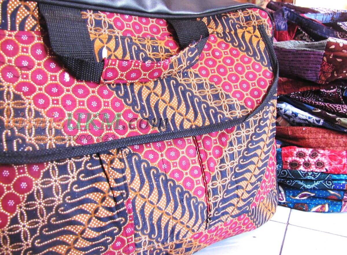 Bisnis Tas Perca Batik Omzetnya Selangit