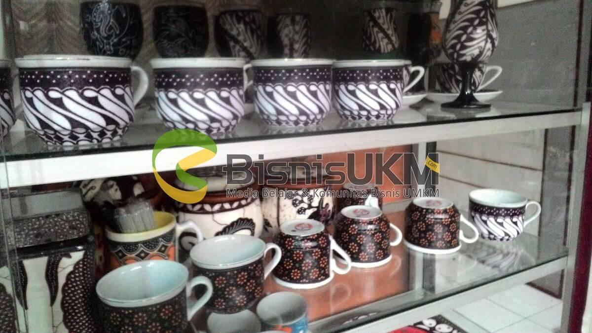 Kerajinan Cangkir Batik