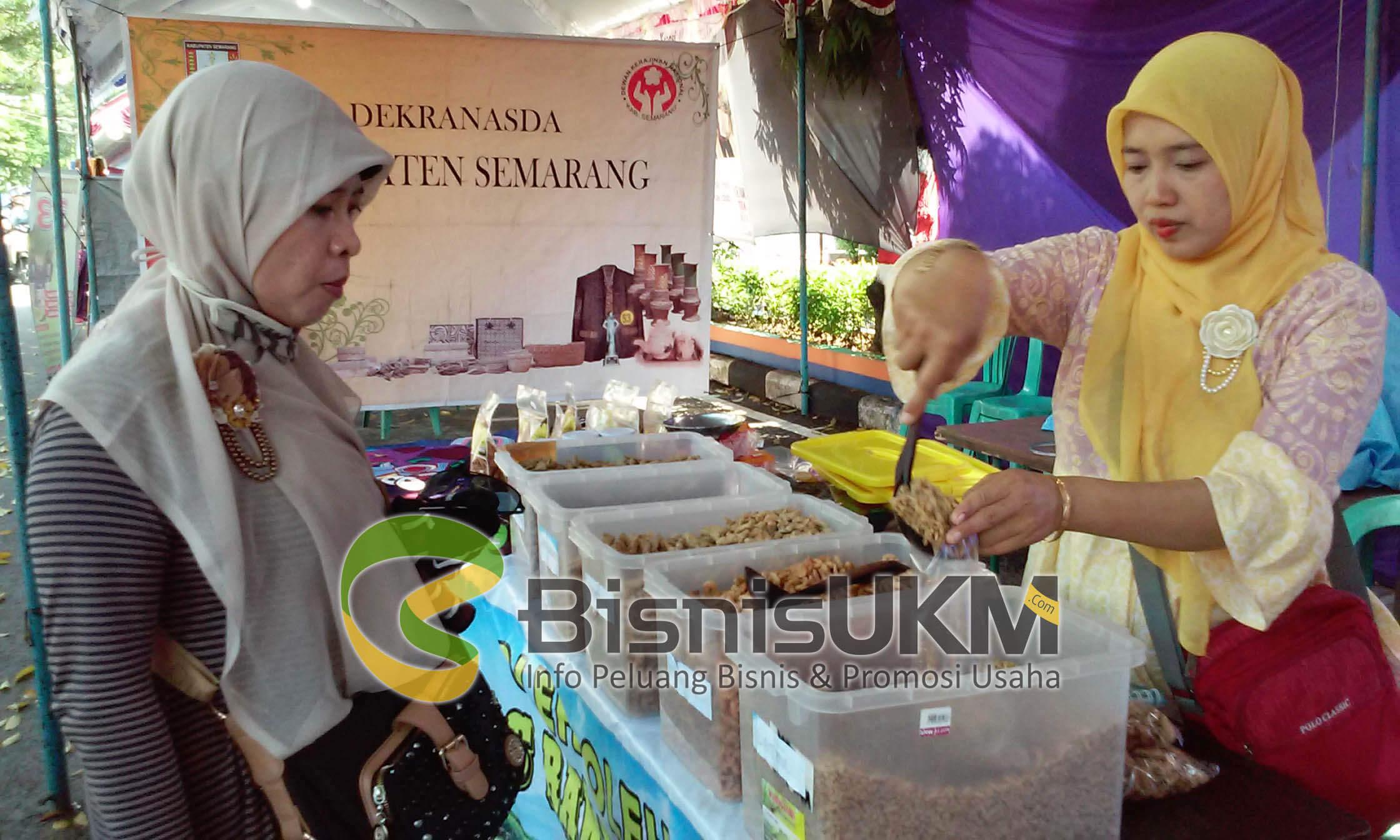 Siti Rodiah, pengusaha wader crispy