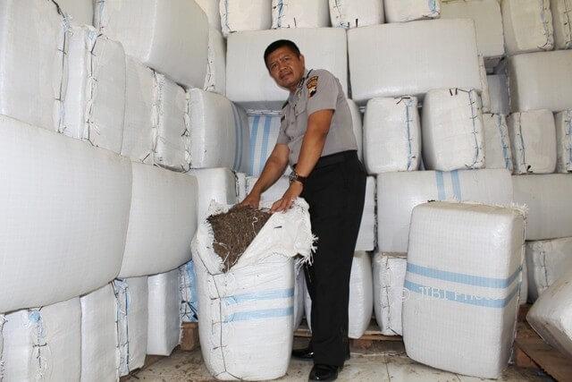Aiptu Sukamto pengusaha bahan cincau