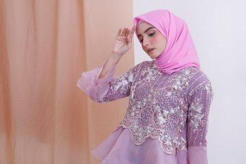 contoh-kebaya-dengan-jilbab