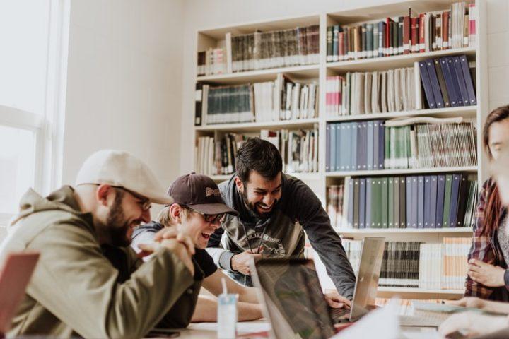 peluang-usaha-2020-ini-dia-tips-mengenali-usaha-yang-bakal-awet