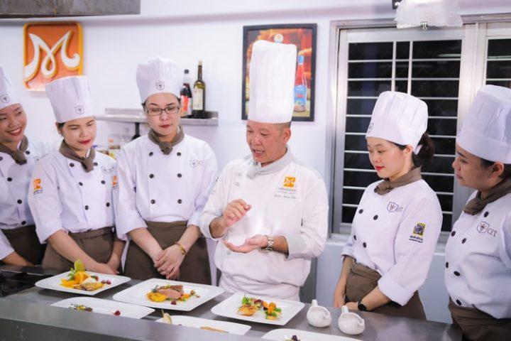 7-peluang-bisnis-kuliner-ini-mulainya-gampang-untungnya-bisa-jutaan