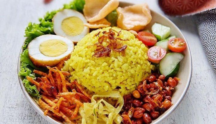 Mencicipi Peluang Usaha Nasi Kuning Menu Sarapan Pagi
