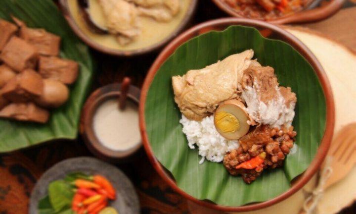 Dari Usaha Rumah Makan Sederhana, Kini Jadi Makanan Lengend Jogja
