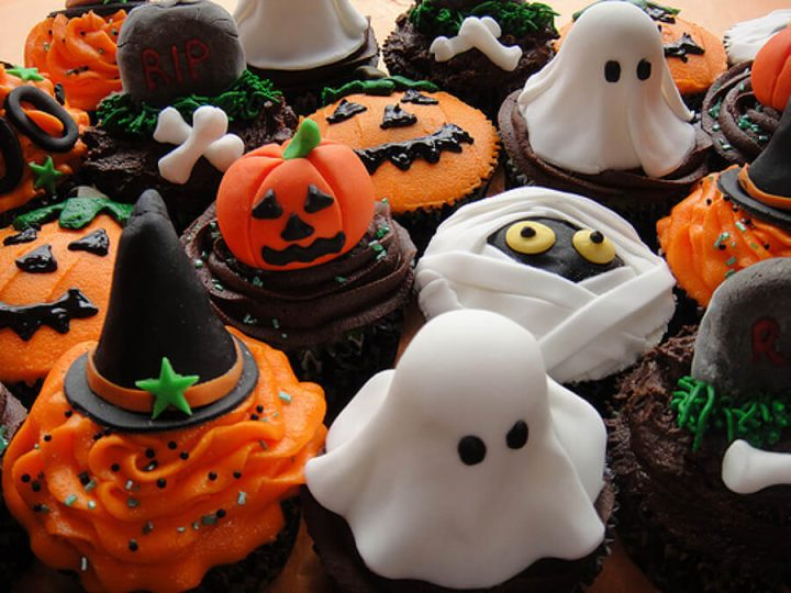 halloween-cupcakes-cup-cakes-desserts-ghost