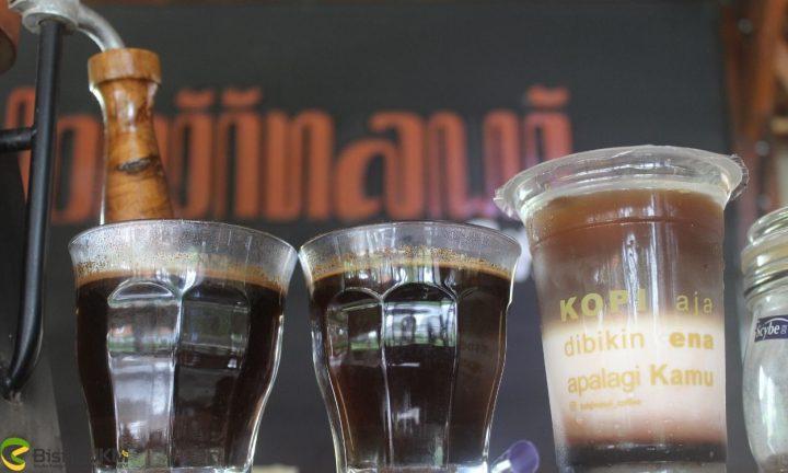 usaha-kedai-kopi-lohjinawi-coffee-kopi-bernuansa-jawa