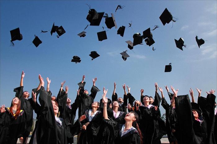 7 Ide Usaha Saat Wisuda Untuk Mahasiswa