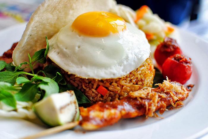 Pastikan bahwa menu dari usaha makanan yang kamu jual terlihat menarik secara visual