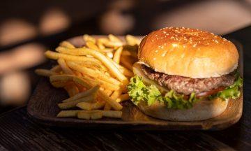 Menariknya Burger Ikan Laut, Bisnis Makanan yang Diburu Konsumen